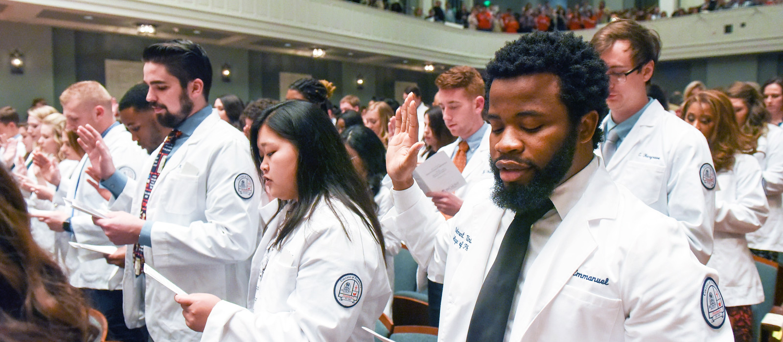 College of Pharmacy Holds White Coat Ceremony
