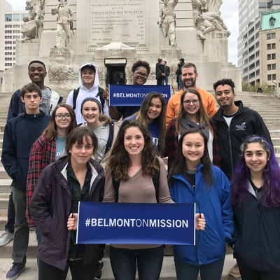 Belmont students on urban mission trip downtown